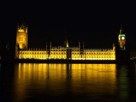 westminster_palace_at_night.jpg